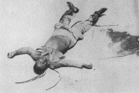 Ndong murió apaleado en el lugar y no en el hospital como de dijo.