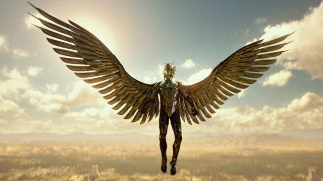 Iron Man ? Le Chevalier de l'Aigle ? Ah non, c'est Horus !