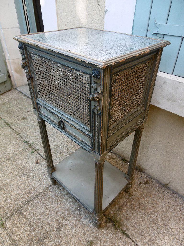 Ancienne table de chevet industage - Table de chevet ancienne ...