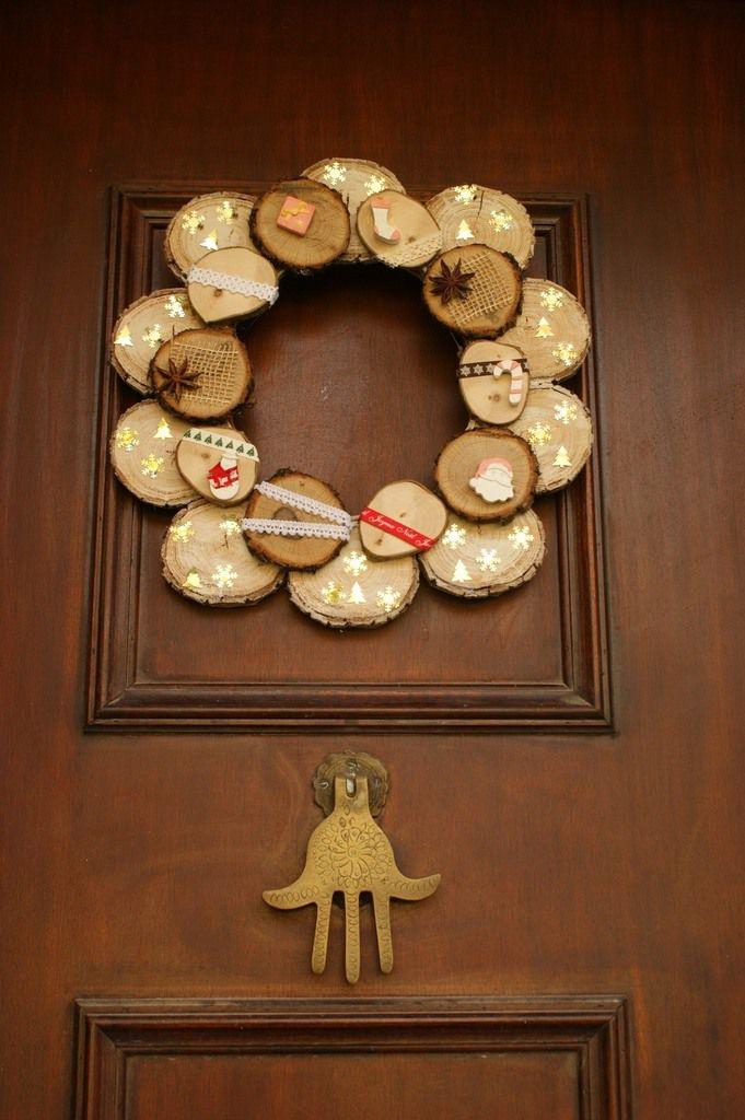 Couronne de Noël en rondins de bois  Petites bricoles en bois et Cie ~ Couronne De Noel En Bois