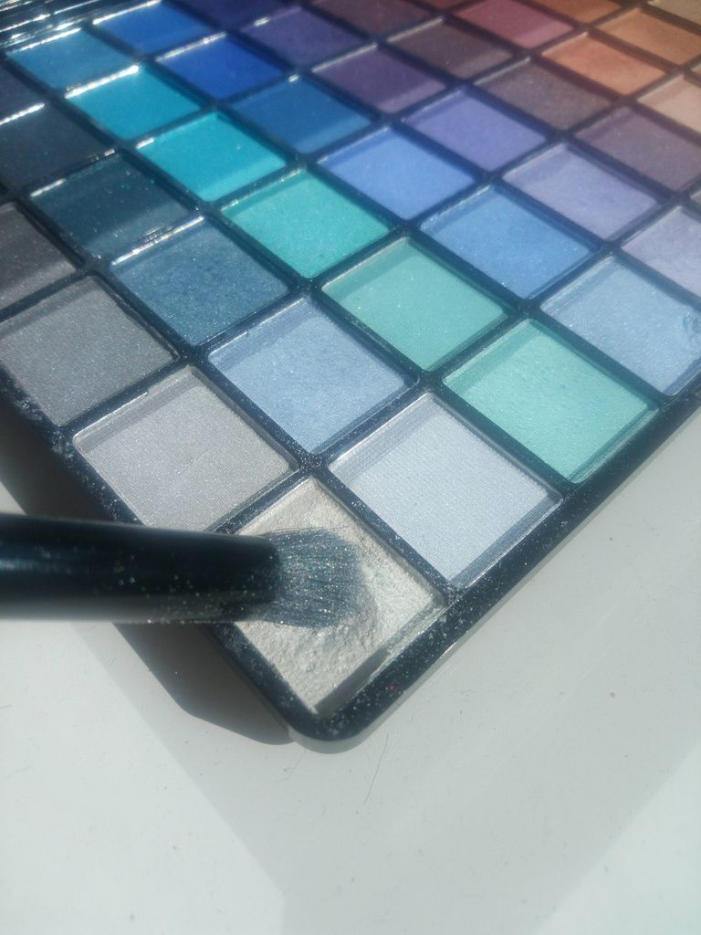 "Palette ""#ENJOY"" de chez Marionnaud"