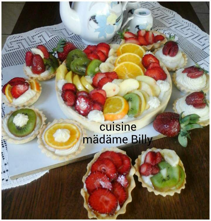 Tarte aux fruits تارت بالفاكهة