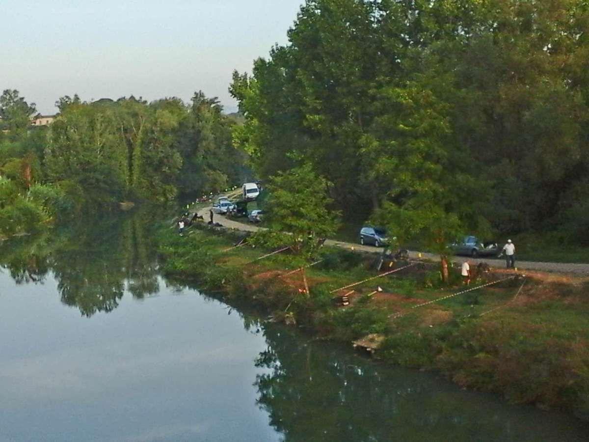Au petit matin,  préparation du concours de pêche qui aura lieu ce dimanche à Ceprano