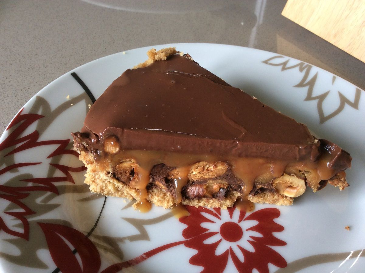Tarte folle (caramel, chocolat et fruits secs)