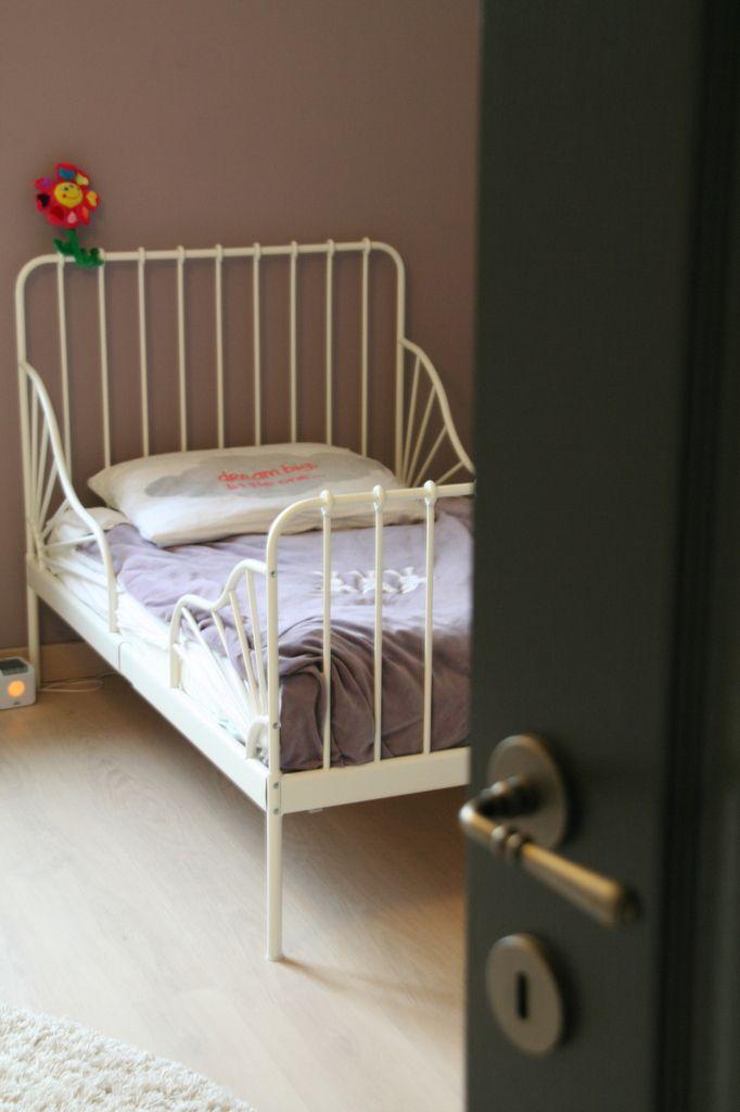 passage au grand lit mum organizer. Black Bedroom Furniture Sets. Home Design Ideas