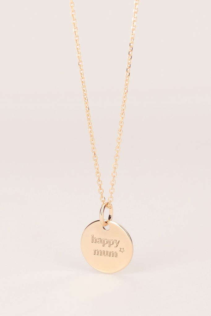 Collier plaqué or médaillon rond happy mum de Delphine Pariente, -40% chez monshowroom.com, 45€