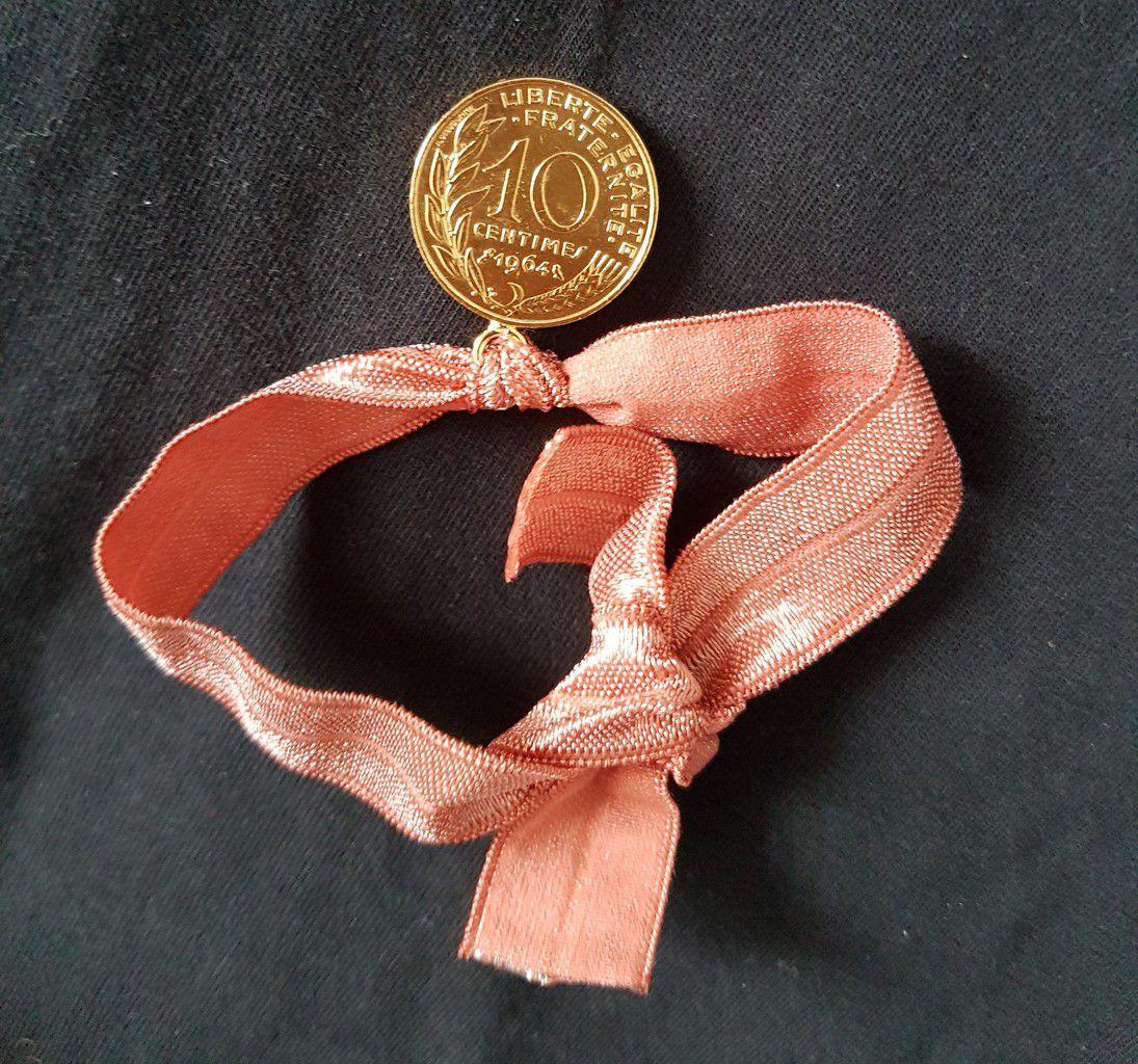 Bracelet Sezane x Maison Amour en détail
