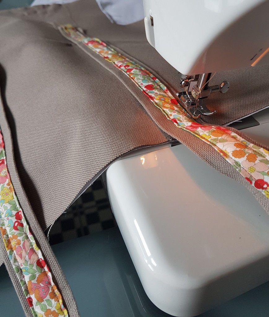 Couture des anses sur le sac