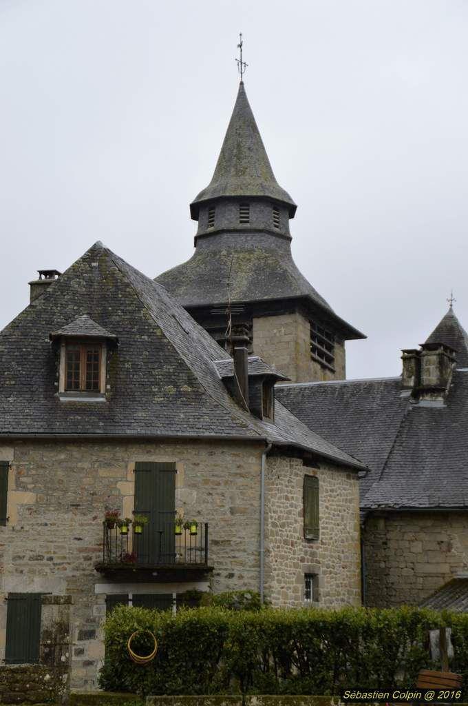 La rivière Corrèze a donné son nom à cette charmante petite cité, ainsi qu'au département. Ancienne ville fortifiée aux toits d'ardoise, elle remonterait au IXe siècle. Elle a conservé les vestiges de ses remparts qui subirent leur dernier assaut au XVIe siècle. Ozez franchir l'emblématique Porte Margot et découvrez des hotels nobles, des maisons fortes et des tours de guêt.