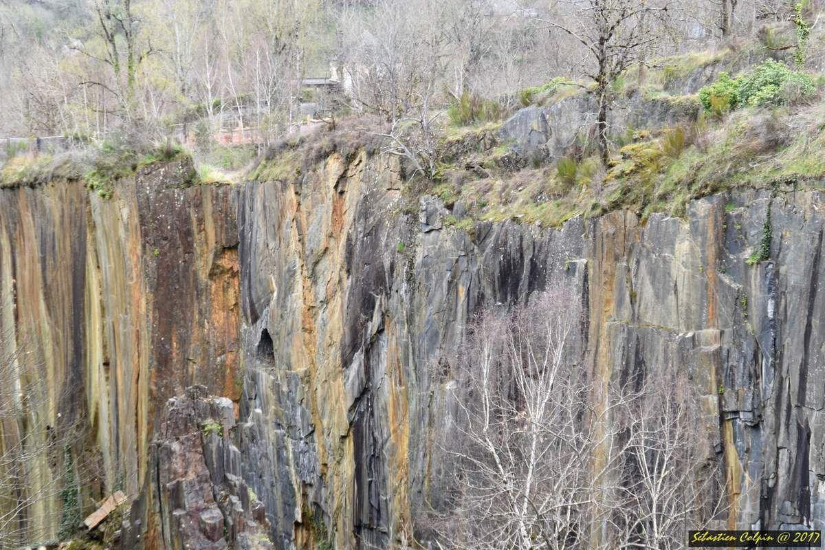 Balade photo ce matin à travassac, site que nous avons déjà visité mais cette fois-ci avec vue sur le saut de la girale (140m de hauteur)