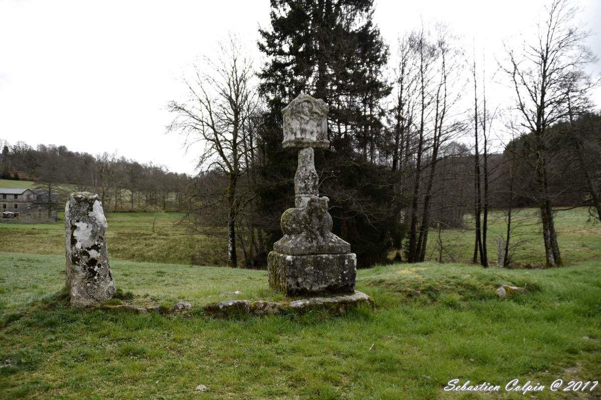 La Croix du Bélier dite Templière à Peyrelevade