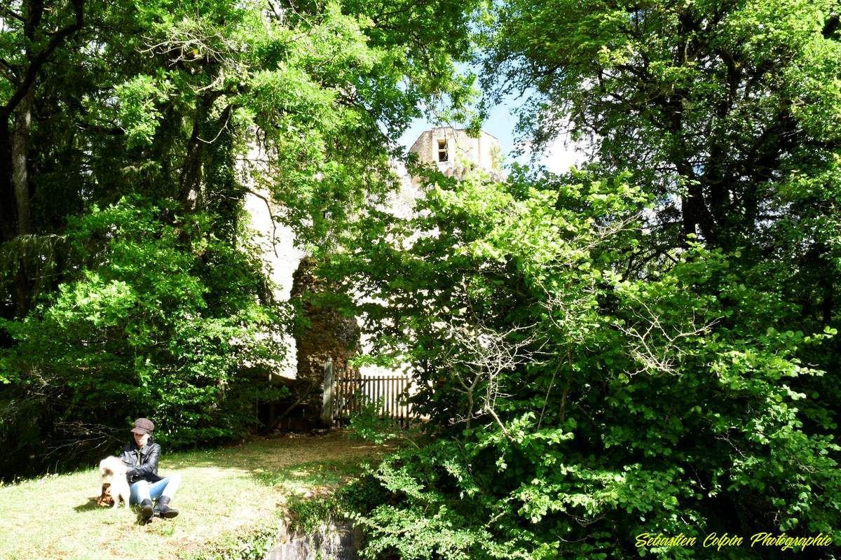 Le Château de l'Herm à Rouffignac-Saint-Cernin-de-Reilhac, un trésor de mystères en Périgord...