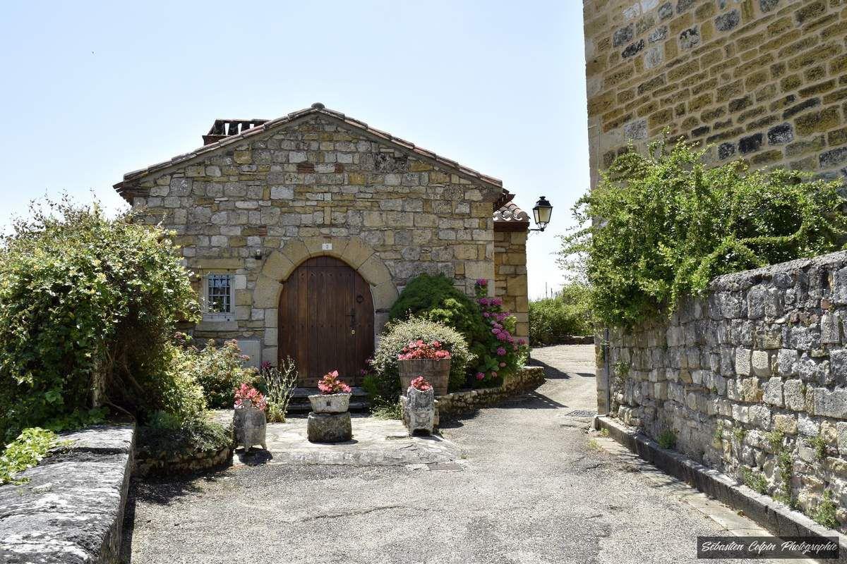 Puy l'Evêque, la cité médiévale et l'Eglise Saint-Sauveur