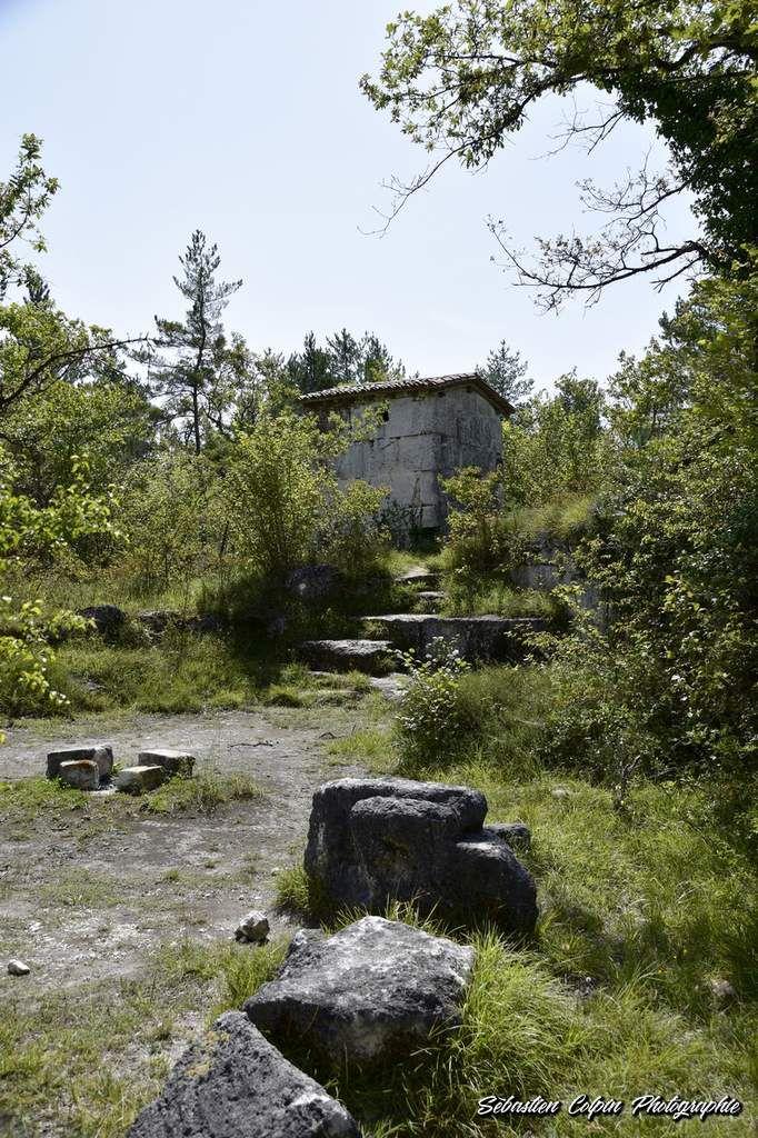 Un village abandonné du XIIIème siècle, patrimoine énigmatique