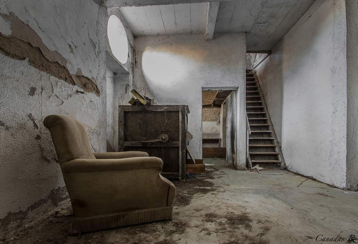 la ferme de jeffrey salter mes histoires d 39 urbex. Black Bedroom Furniture Sets. Home Design Ideas