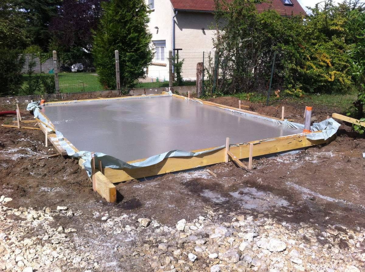 Fondations et vide sanitaire construction maison for Couler dalle beton garage