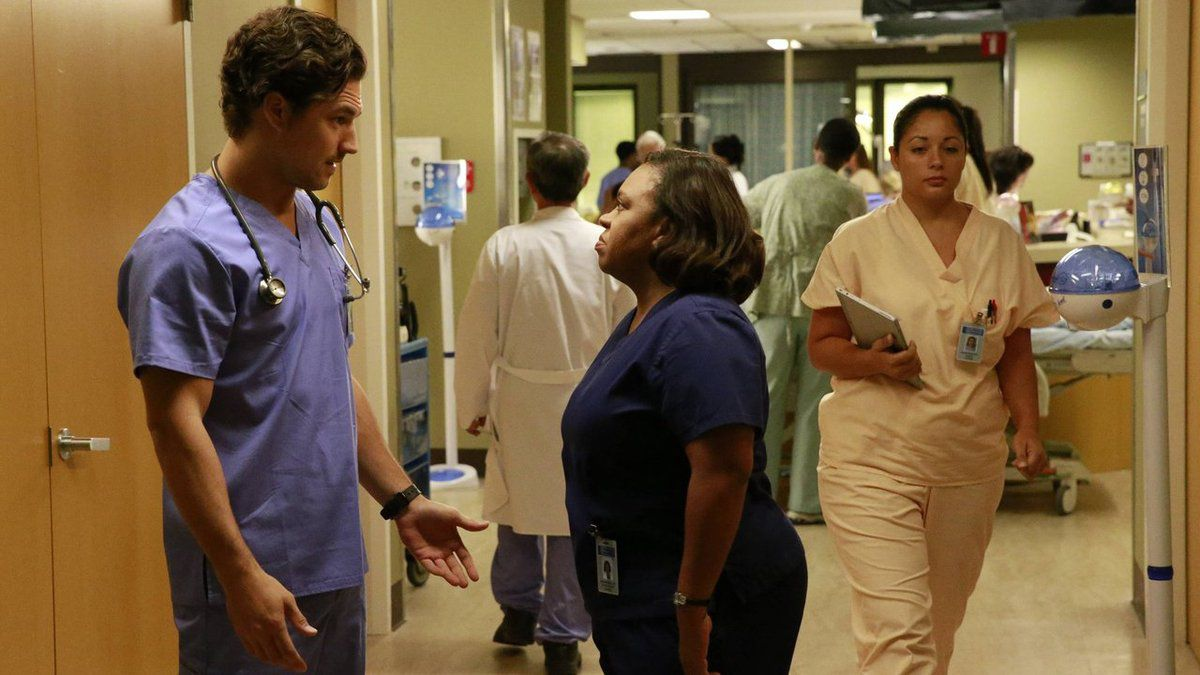 Watch Online Grey\'s Anatomy S12E8 : Things We Lost in the Fire Full ...