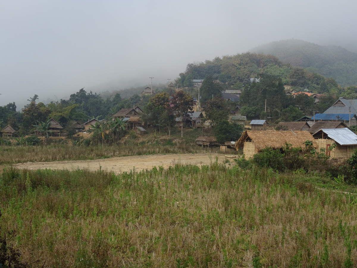 Passage au Laos, le grand bazar