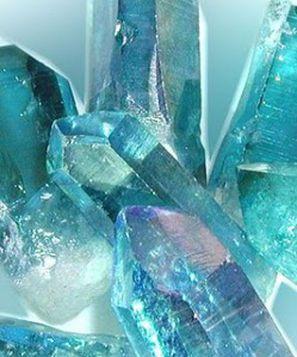 Les soins énergétiques des 12 Rayons Cristals