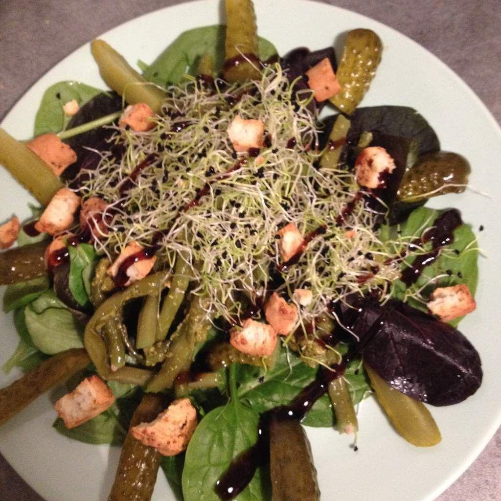 Salade haricots au pesto