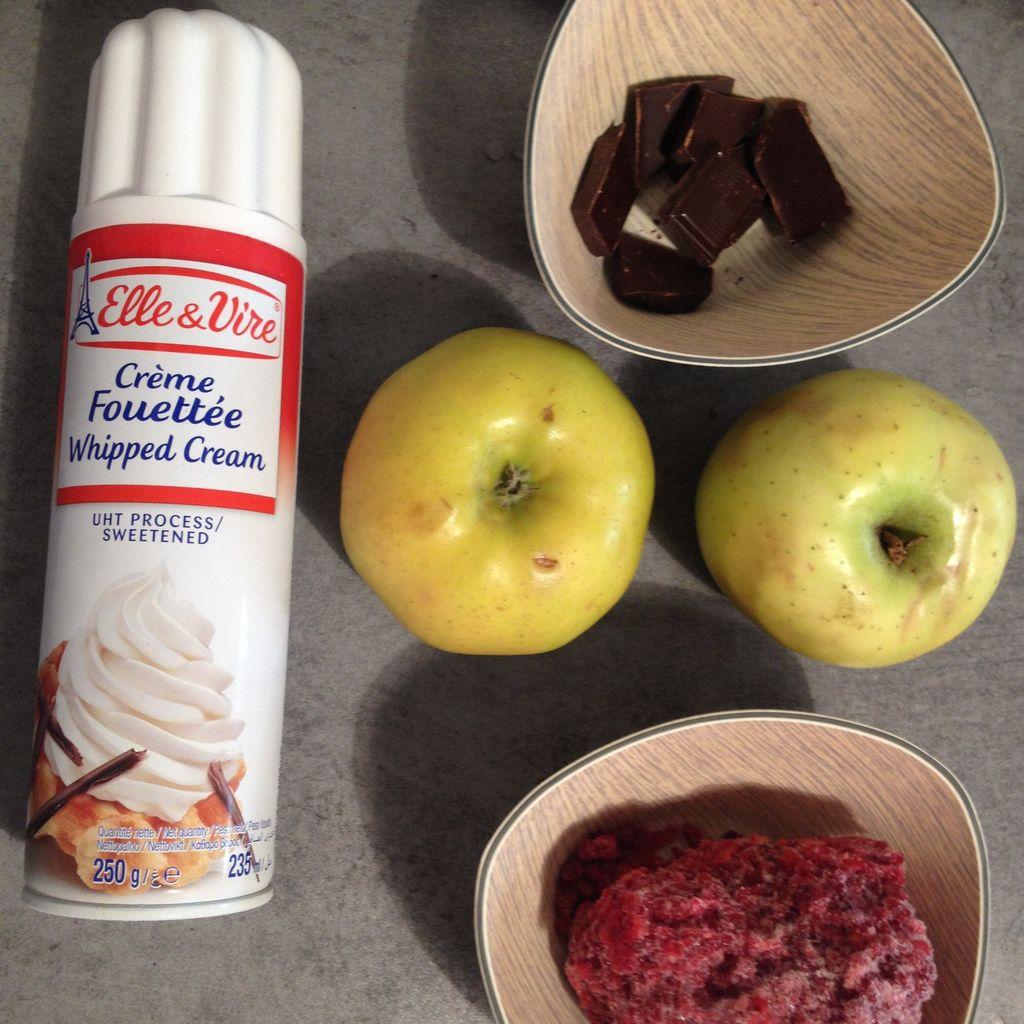 Bonhomme dans sa coupelle de Pomme : frais et sain