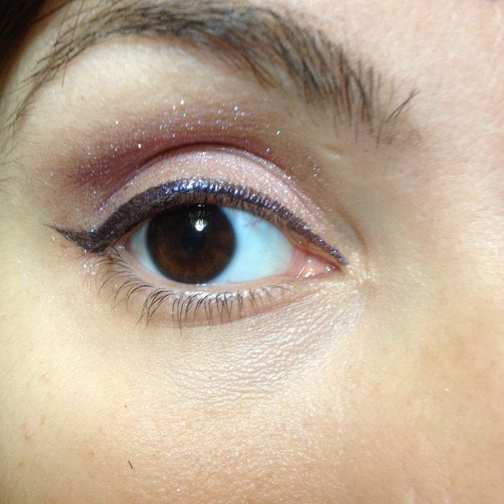 Monday Shadow Challenge : Violet