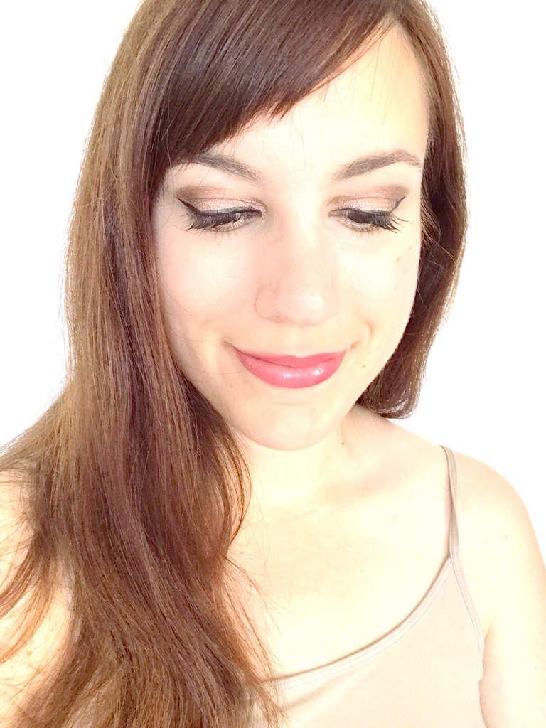 Monday shadow challenge : chair + test du rouge à lèvres rouge interdit Givenchy