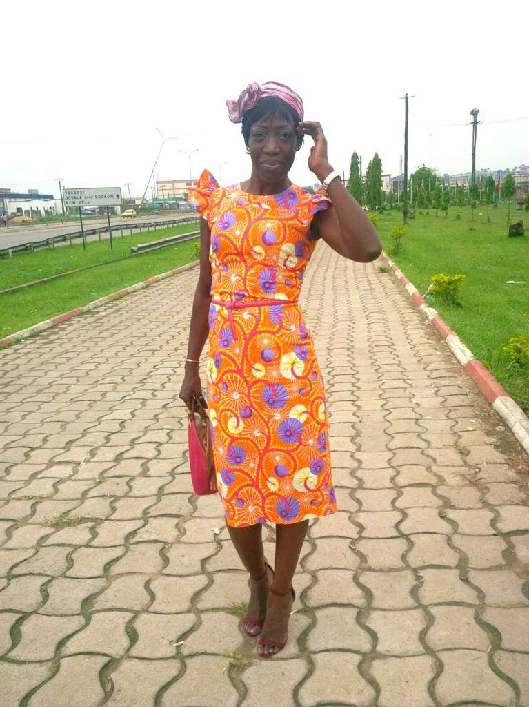 STRAW BAG &amp&#x3B; ANKARA DRESS