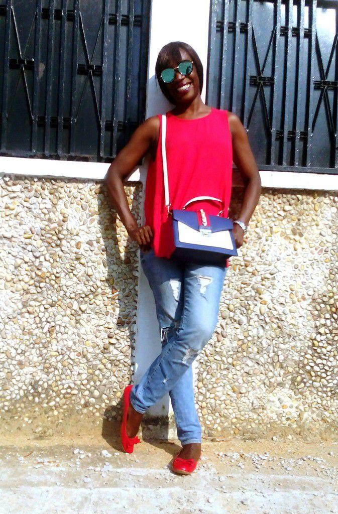 Sunglasses (L-A Gadget) - Blouse (Marks & Spencer) - Bag (Aldo Scilva) - Jeans (WE) - Ballerina & Watch (Old)