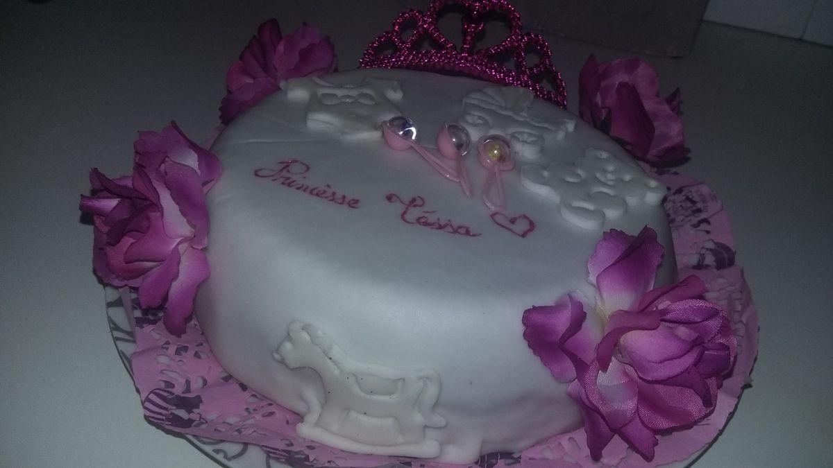 Gâteau de Naissance Princesse