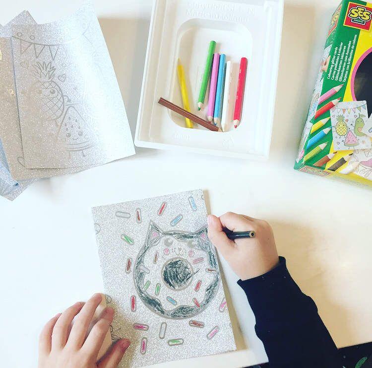 Cartes pailletées à colorier - SES Creative