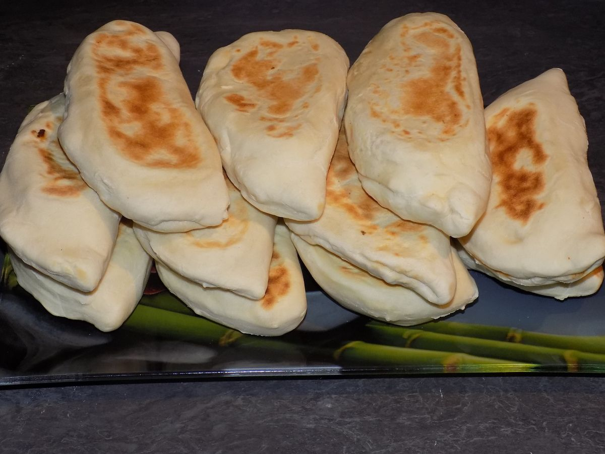 Naans poulet/poivrons/fromage