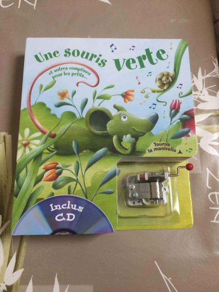 """Une souris verte chez """"Flomulette"""""""