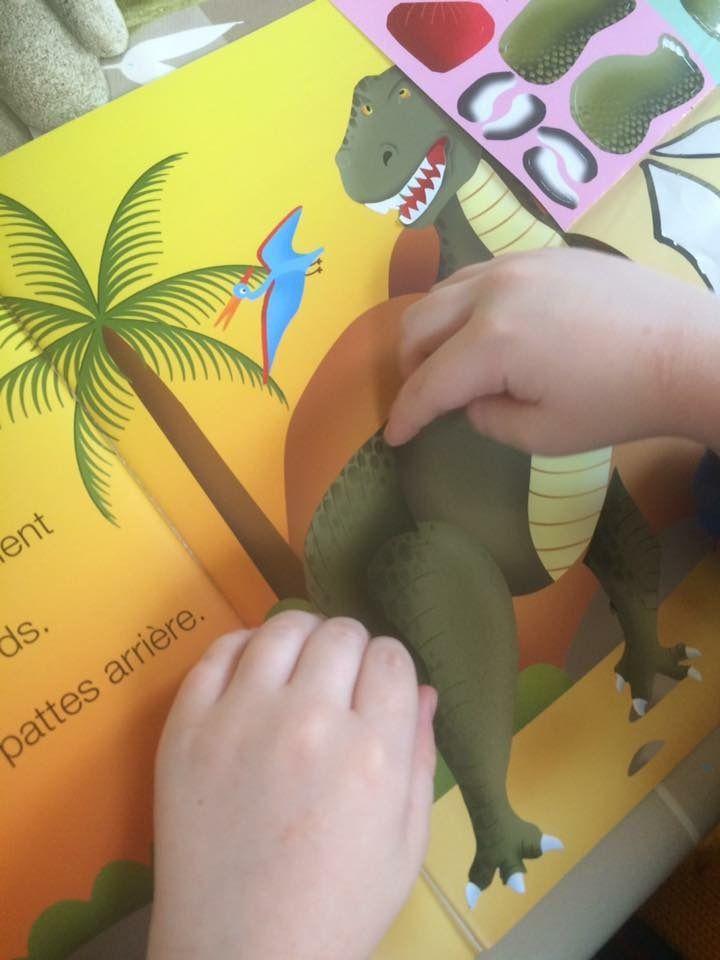 Grands Autocollants Les dinosaures Fleurus