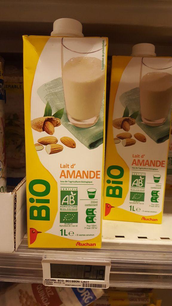 70270192fb5 lait d amande maison - Les Gourmandises d Is