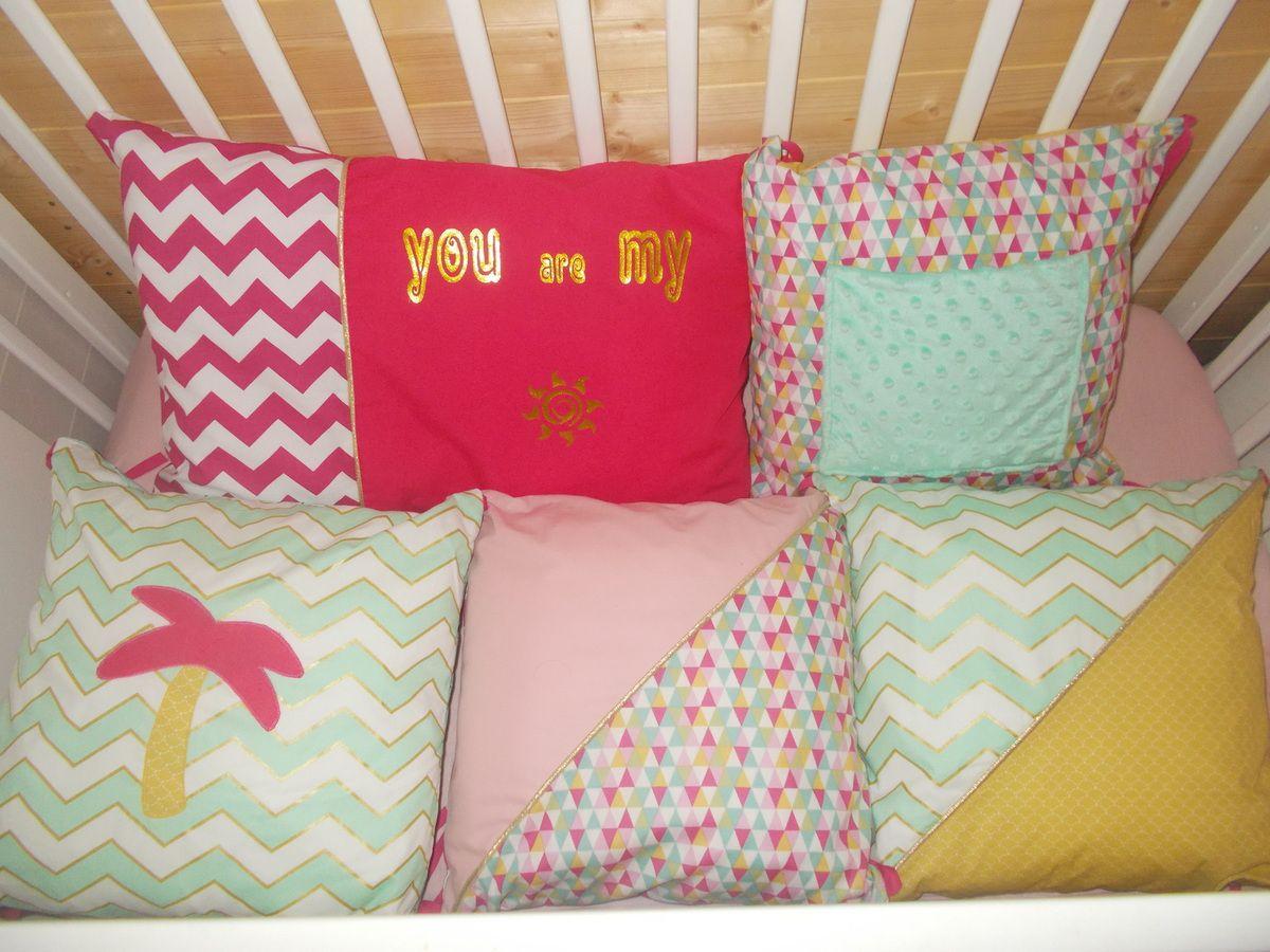 les 5 coussins du tour de lit avec la phrase:you are my sushinhe