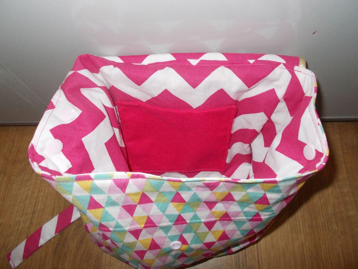 le sac de créche personnalisé aussi en rose et doré...j'adore!!!!