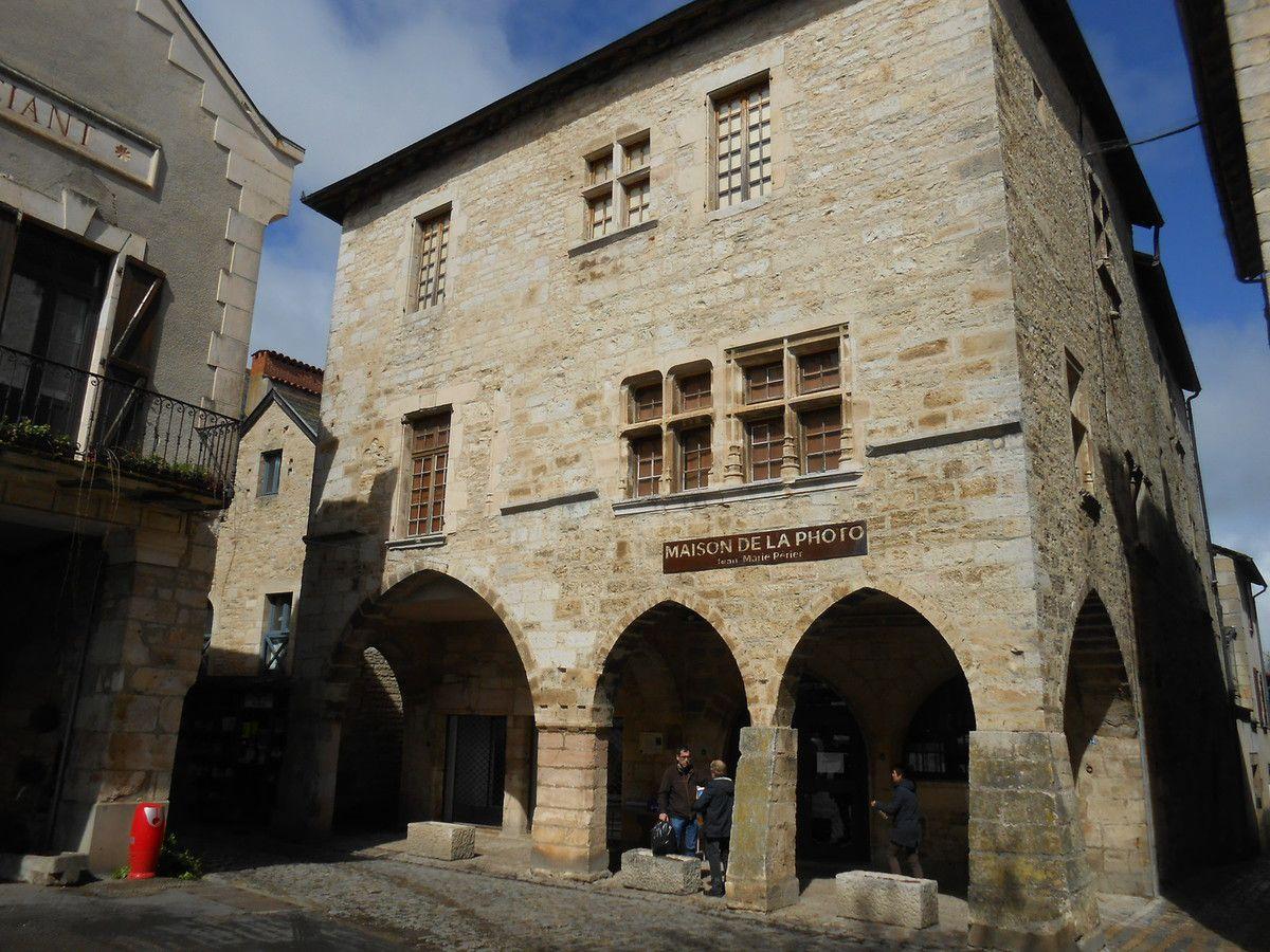 Pourquoi Jeanne d'Arc à Villeneuve d'Aveyron ?
