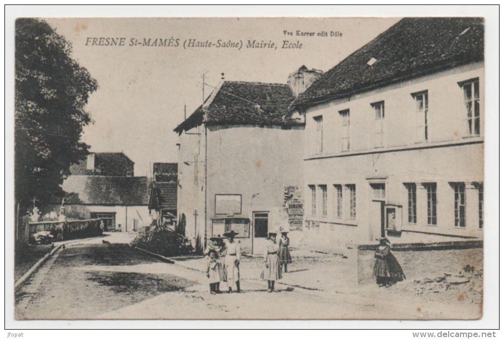 Mairie Ecole de Fresne Saint Mamès 70 . Buste de Marianne, symbole de la République. Devise de la République adoptée une première fois en 1848 puis définitivement en 1879.