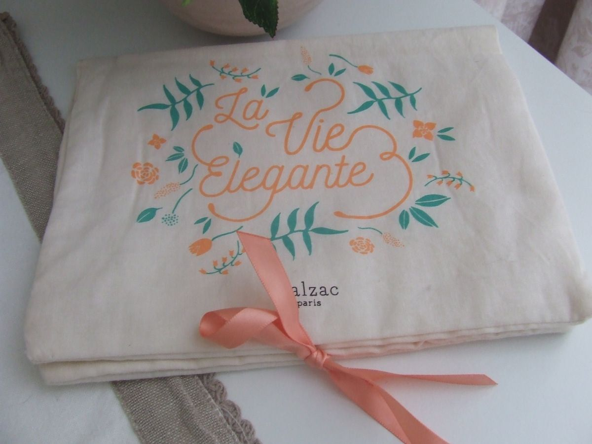 My Little Box du Mois d'Avril 2016 : My Little Flower Book...