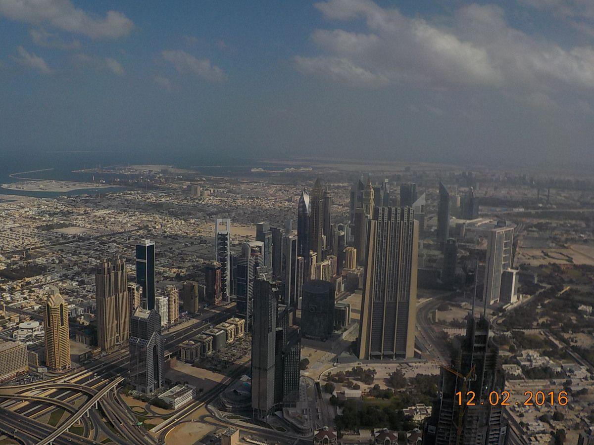 La vue du 124ème étage de la tour Burj Khalifa