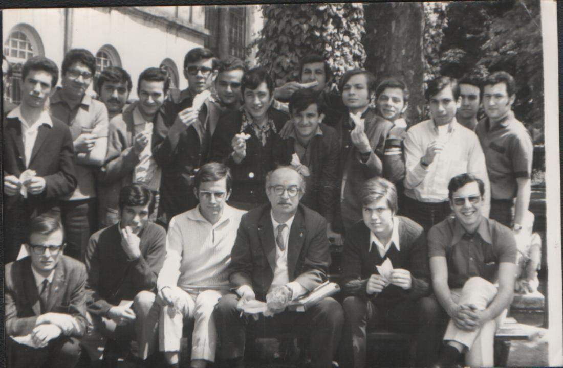 """Photo de la promotion """"102"""" du Lycée de Galatasaray à Istanbul (Année 196...)..."""
