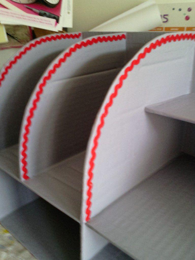 Petit meuble de bureau