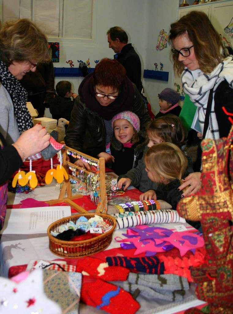 Photos de la deuxième journée du marché de Noël.