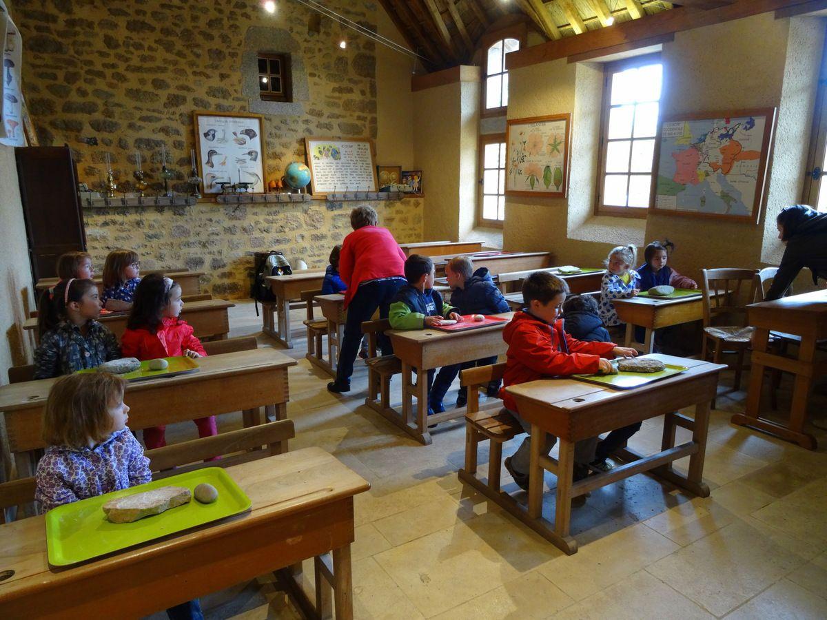Salle de Classe d'Autrefois