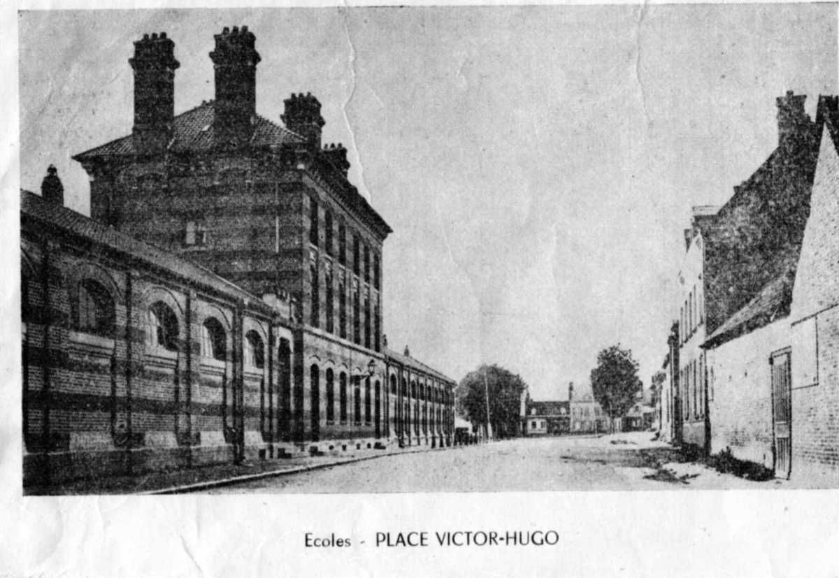 Les ruines de la Grande Guerre en 1918 à MOREUIL