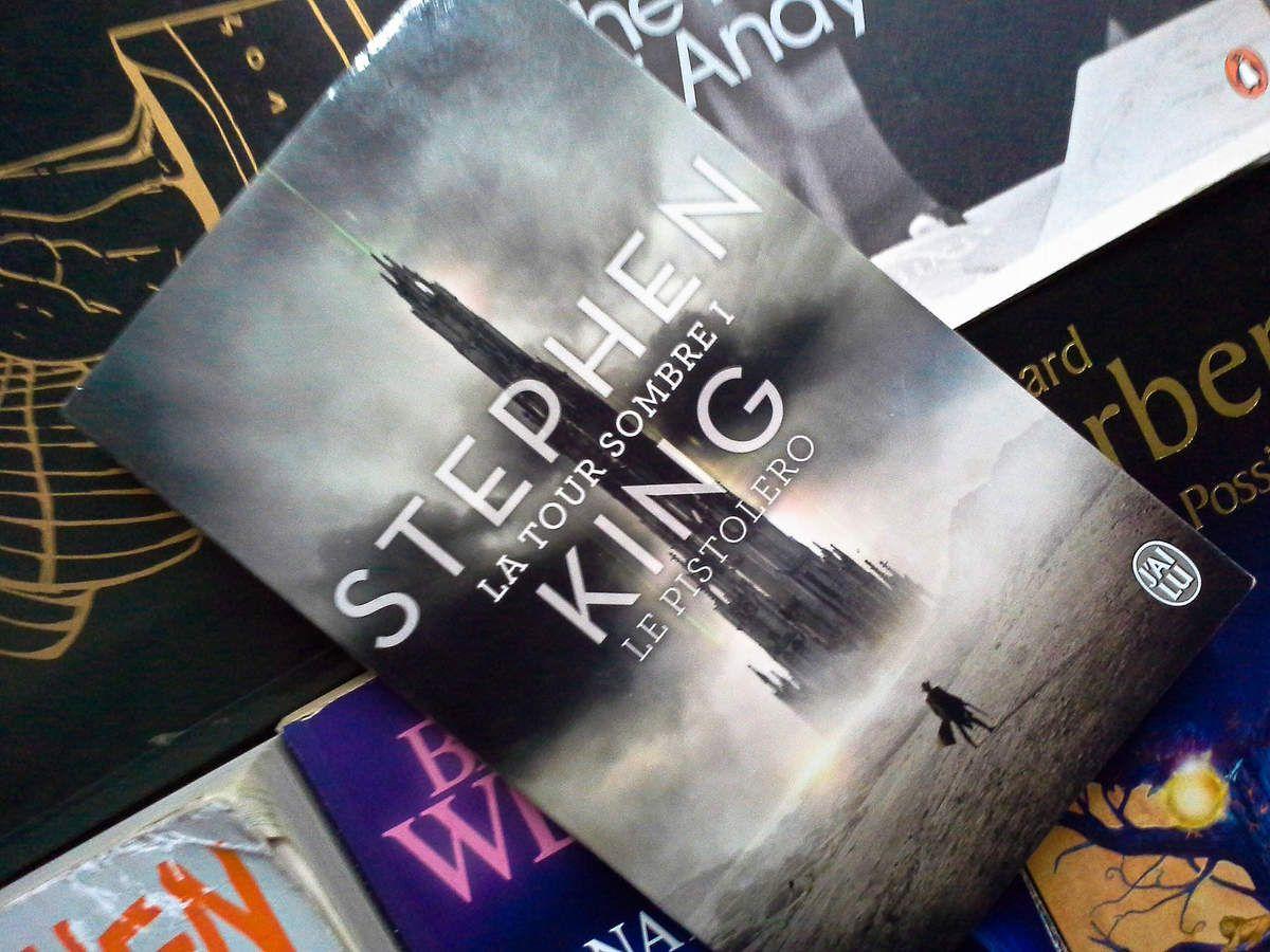 La tour sombre, tome 1, Stephen King, éditions J'ai Lu.
