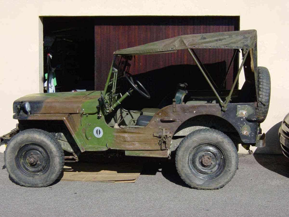 restauration d 39 une jeep hotchkiss m201 autosixties partenaire de vos restaurations. Black Bedroom Furniture Sets. Home Design Ideas