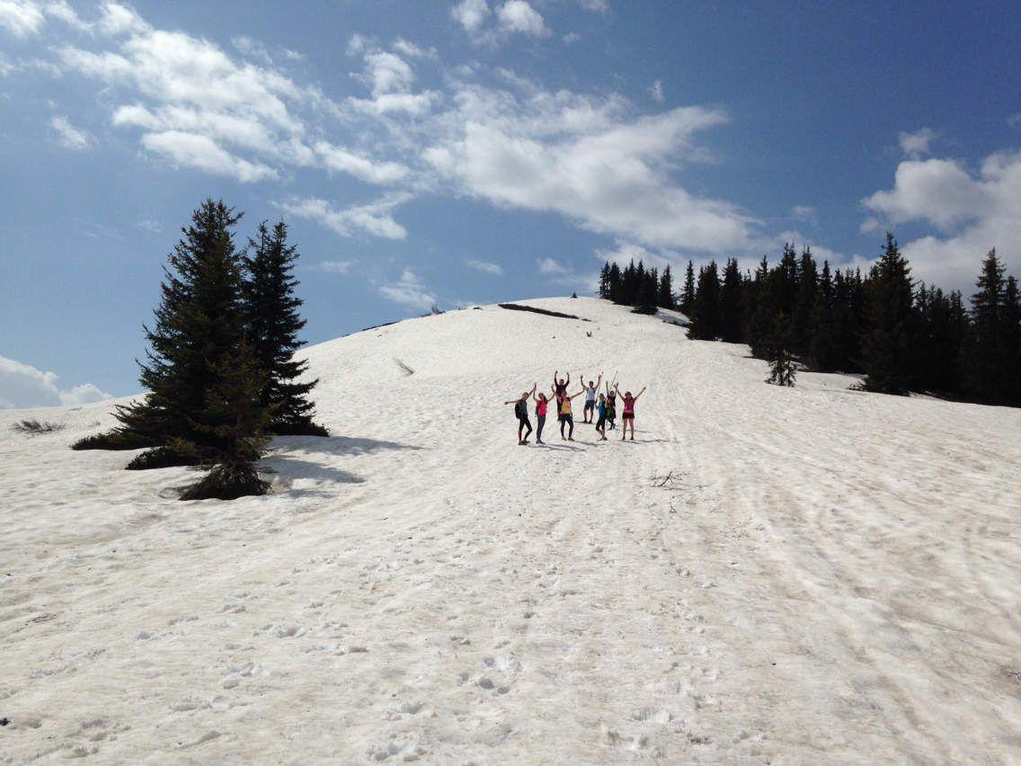 Reprise des entraînements physiques pour cet été 2017. La neige est encore là! Et tant mieux pour la descente!