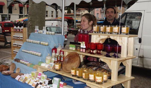 Auré et Dav sur le marché de foix un vendredi matin de mars